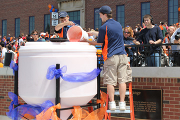 Largest container of smoothie world record