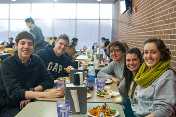 Students dining at Ikenberry dining hall